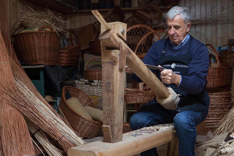 eduardo armada - fotografía y diseño web - talleres artesanía de galicia - Antonio Suárez