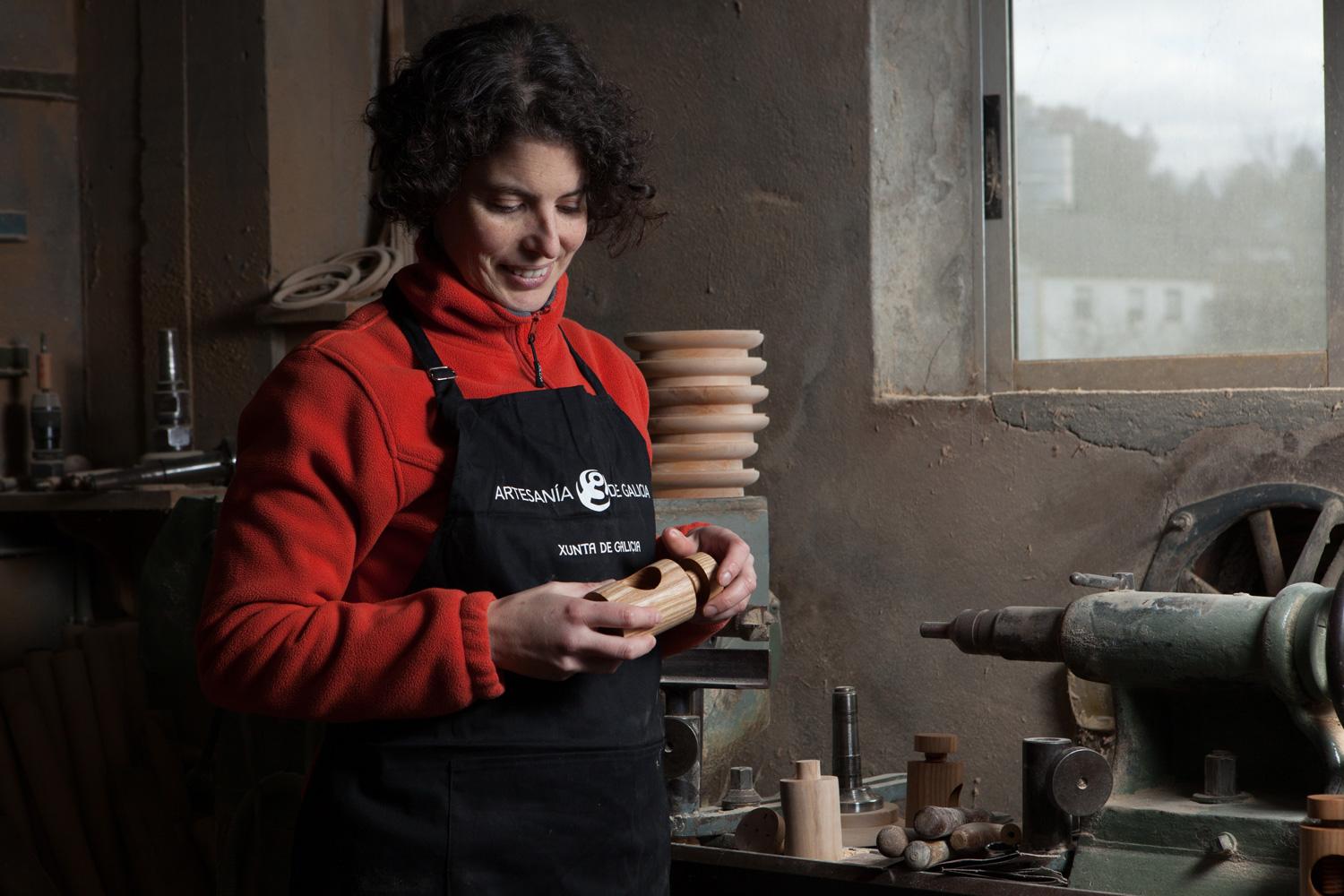 eduardo armada - fotografía y diseño web - talleres artesanía de galicia - Atalanta madera
