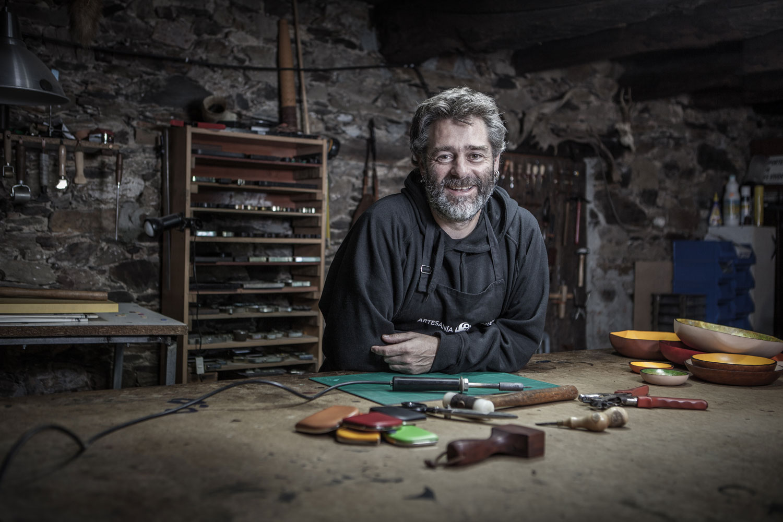eduardo armada - fotografía y diseño web - talleres artesanía de galicia - Senda Cuero