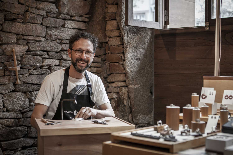 Talleres artesanía de Galicia - Mario López