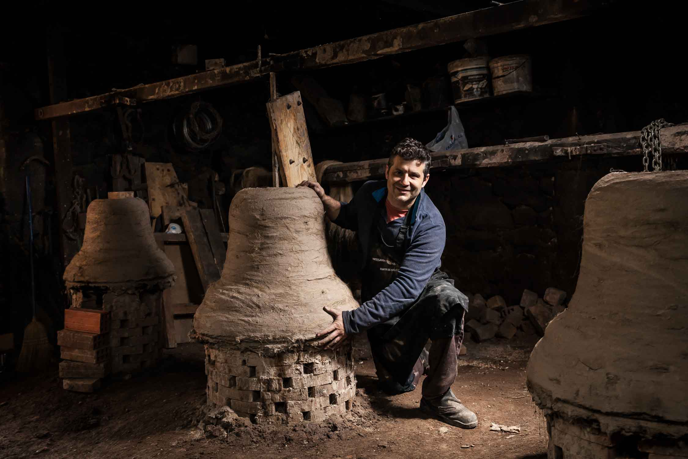 Talleres artesanía de Galicia - Campanas Ocampo